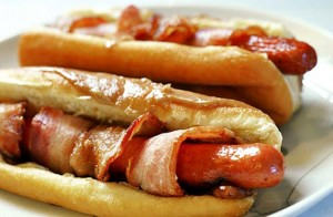 bacon-wrapped-hot-dog