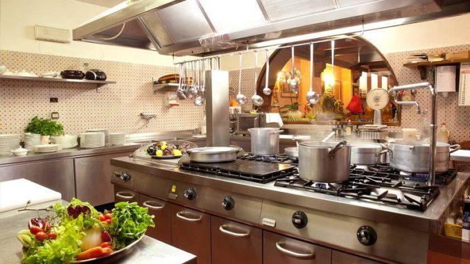Ideas para organizar la cocina de un restaurante for Cocina moderna tipo buffet